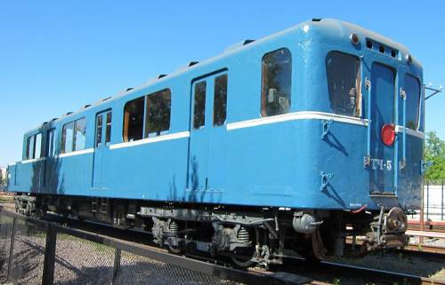 Vagon metro tip D 2277.JPG